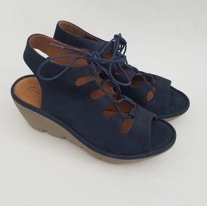 Clarks Artisan Navy Blue Suede Wedge Sandals 6.5W